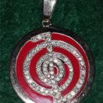 Кулон с симолом Рейки с бриллиантами и эмалью